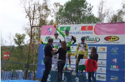 sampirisi-podio-ciclocross