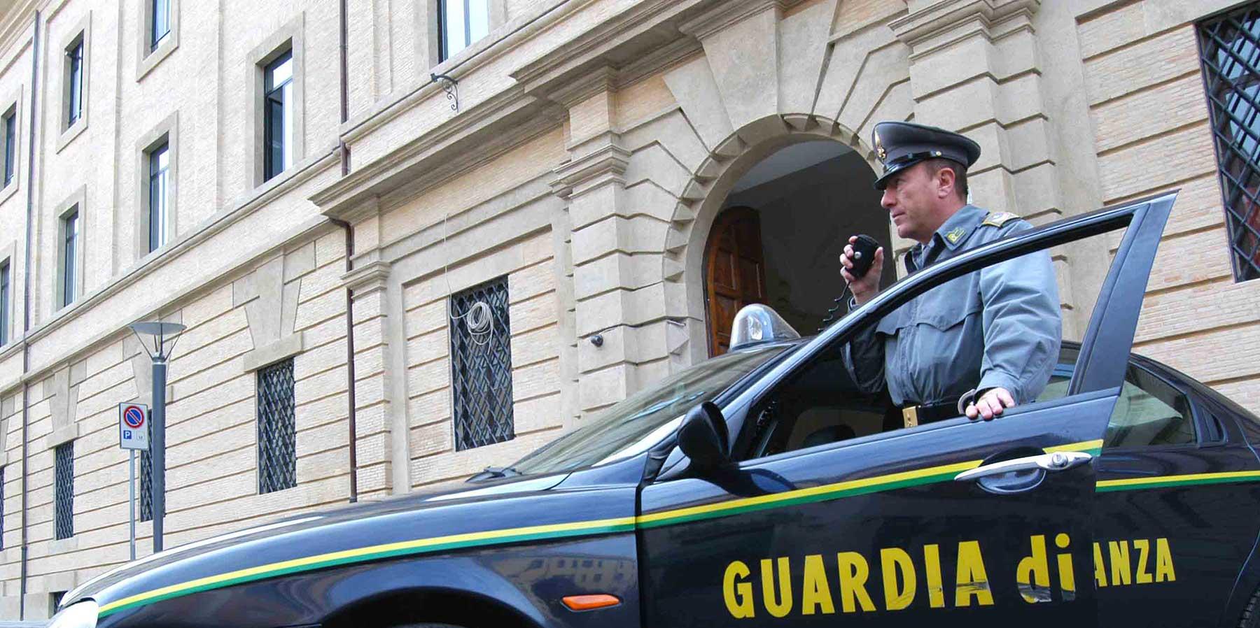 varedo arresti guardia di finanza