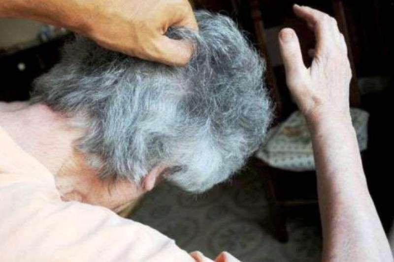 violenza-anziana
