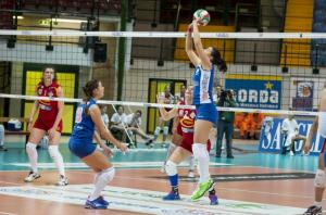 saugella-volley-azione