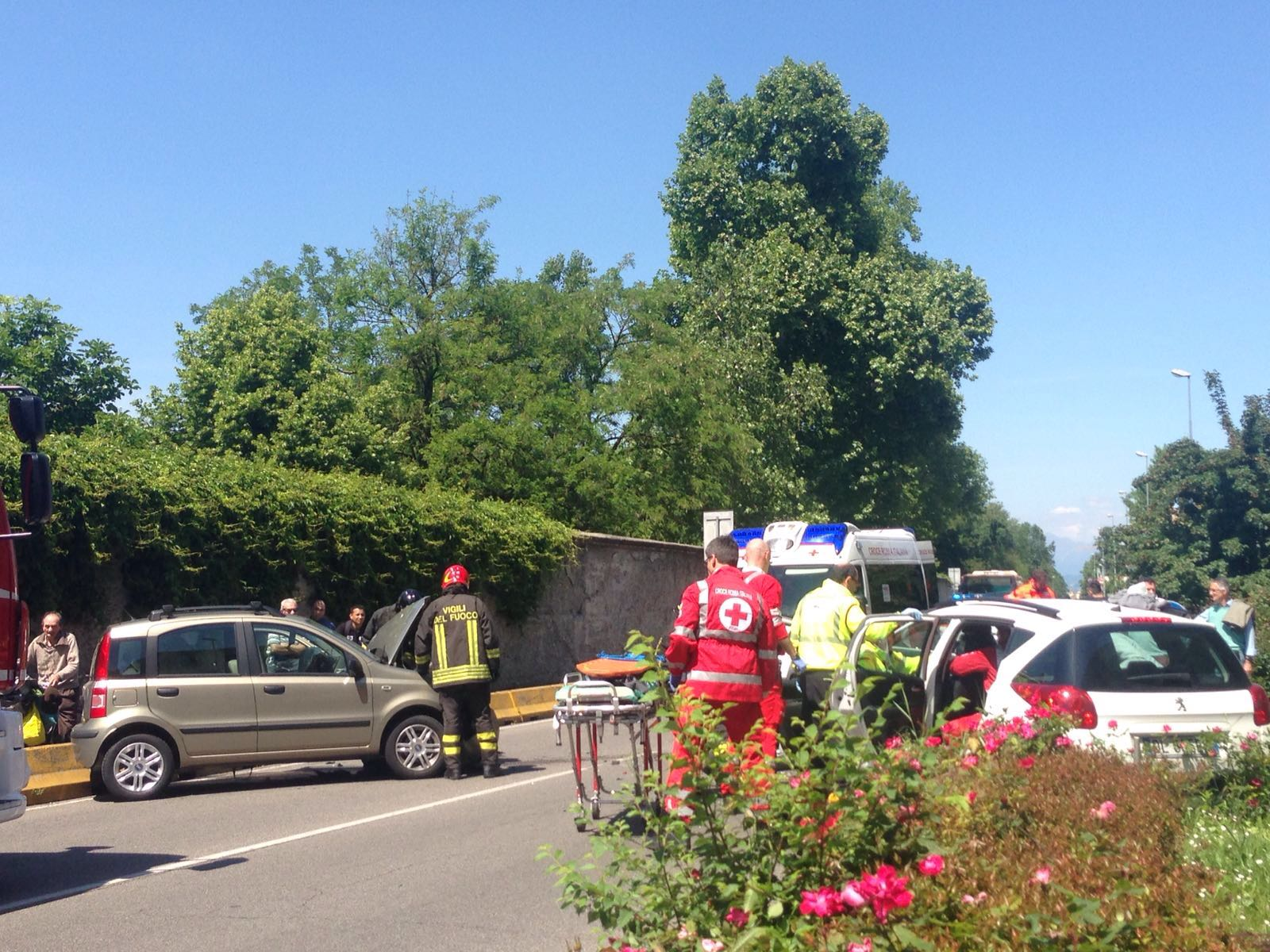 via lecco monza incidente