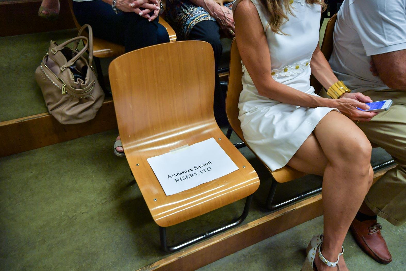 giunta allevi consiglio cani sedia vuota sassoli